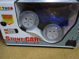 Uttora Toy Remote Control Stunt Car 360 Rotation