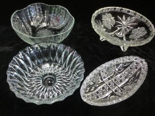 GlASS BOWlS   ONE FOOTED