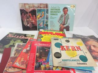 lP S   ASSORTED   SOME ClASSICAl  SOME CHRISTMAS