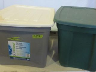 PAIR OF STORAGE TOTES WITH lIDS