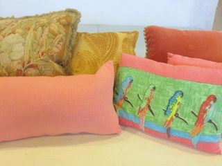 CUSHIONS   ASSORTED SIZES  COlOURS