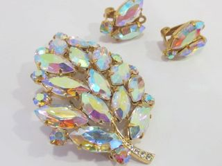 AURORA BOREAlIS BROOCH AND ClIP ON EARRINGS