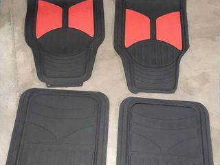 Rubber Floor Mats   4 Pack