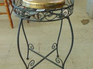 metal ivy plant stand