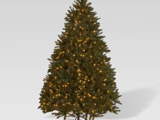 Norway Spruce Hinged Artificial Christmas Tree by Christopher Knight Home