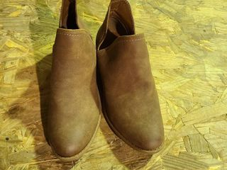 Universal Thread Size 9 Womens Booties