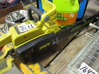 JD Chain Saw w   Bar Oil