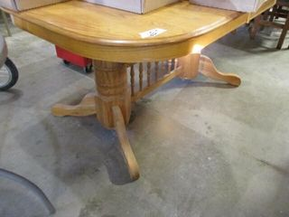 Oak Diningroom Table