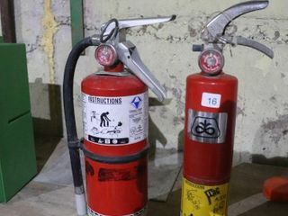 2 FIRE EXTINGUISHERS   FUll