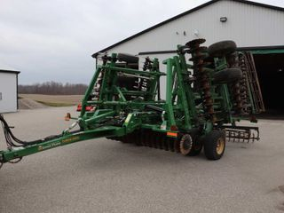 GREAT PlAINS 2400TM TURBO MAX 24  VERTICAl TIll