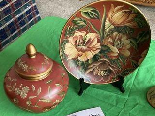Decorative Plates and vase