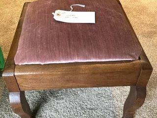 Cushioned foot stool