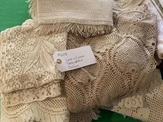 lace and linen Table cloths and Doilies
