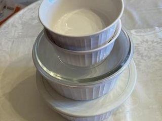 4  Bowls Corning ware