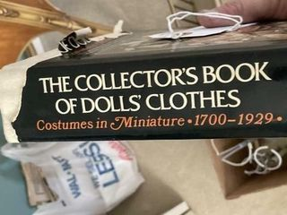 Doll Holders  Doll collector book  Doll   Metal Bd