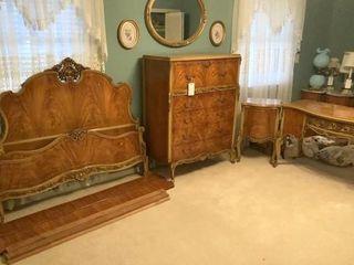 Birdseye Maple Veneer Queen Ann Era Bedroom Set