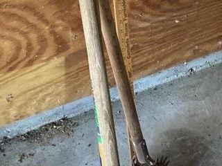 Rake   Edgers Yard stick