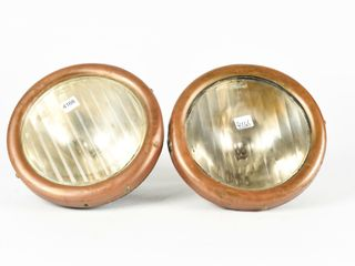 PAIR OF MODEl T FORD HEAD lIGHTS