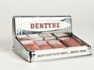 DENTYNE STORE COUNTER DISPlAY   CONTENTS