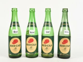 lOT 4 CARlING S RED CAP AlE 12 OZS  GREEN BOTTlES