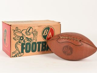 B A FOOTBAll OFFICIAl SIZE   WEIGHT  BOX