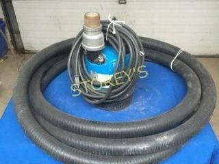 Tsuruni 2000GPH Elec  1 5  Submersible Pump w