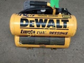 DeWalt 7CFM  1 1 4hp Electric Air Compressor