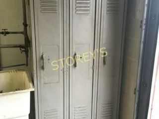Set of 3 lockers   36 x 15 x 72