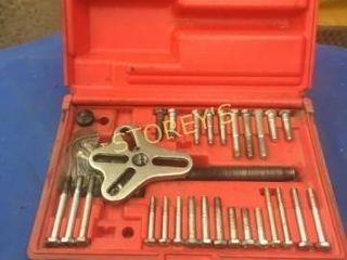 Snap On Harmonic Balance Puller w  Case