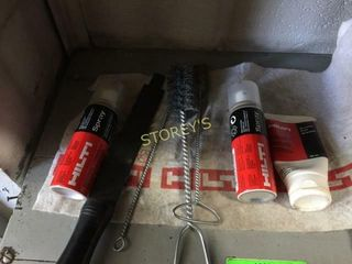 Hilti Cleaning Kit   lubricants