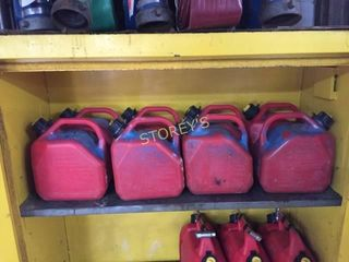8 Fuel Tanks w  Premixed Fuel  50 1    5 l Jugs