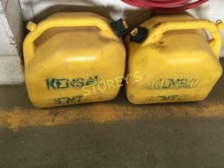 2 Diesel Fuel Tanks   Full   20l ea