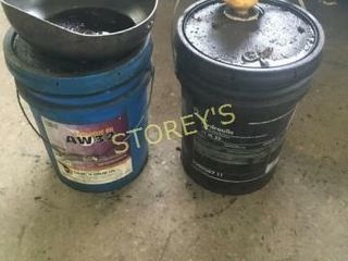 2 part Jugs of Hydraulic Oil  AW32   S1M32