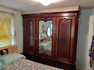 Violet Meade Estate Auction