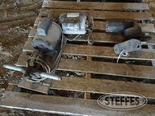 Electric hyd motors 1 jpg
