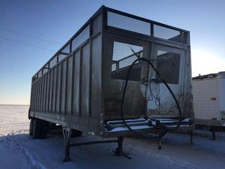 Walking floor trailer