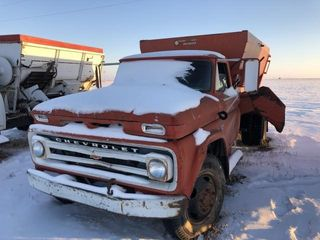 Chevy feed truck