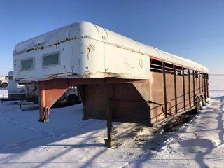Stock trailer  triple axel