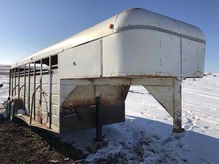 WW stock trailer