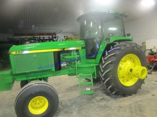 JD 4560 TRACTOR