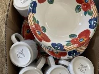 Set of floral dishes