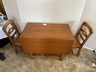 Vintage wooden dining room table 4
