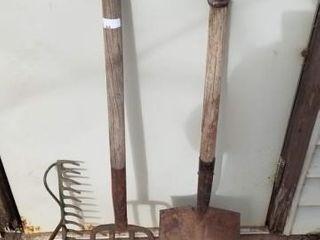 shovel  spading fork  rake