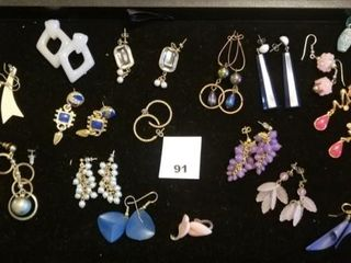 Earring lot   18 sets