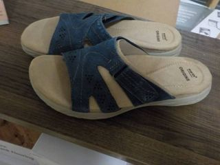 Earth Origins size 9 blue sandals n...
