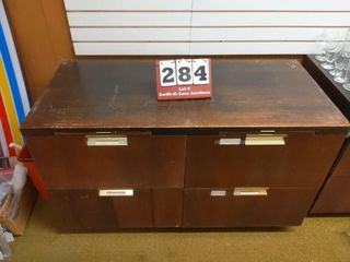 4 drawer base cabinet with pullouts