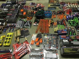 NEW TOOL AUCTION