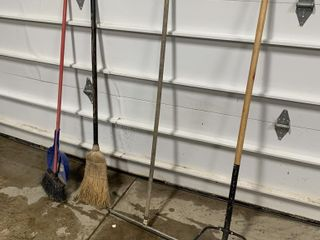 3 BROOMS AND 1 SQUEEGEE