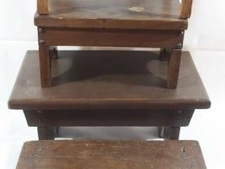 4 WOODEN STEP STOOlS VARIOUS SIZES