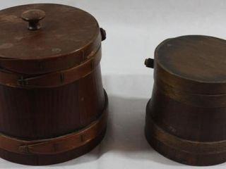 2 VINTAGE SEWING BOXES WITH lIDS